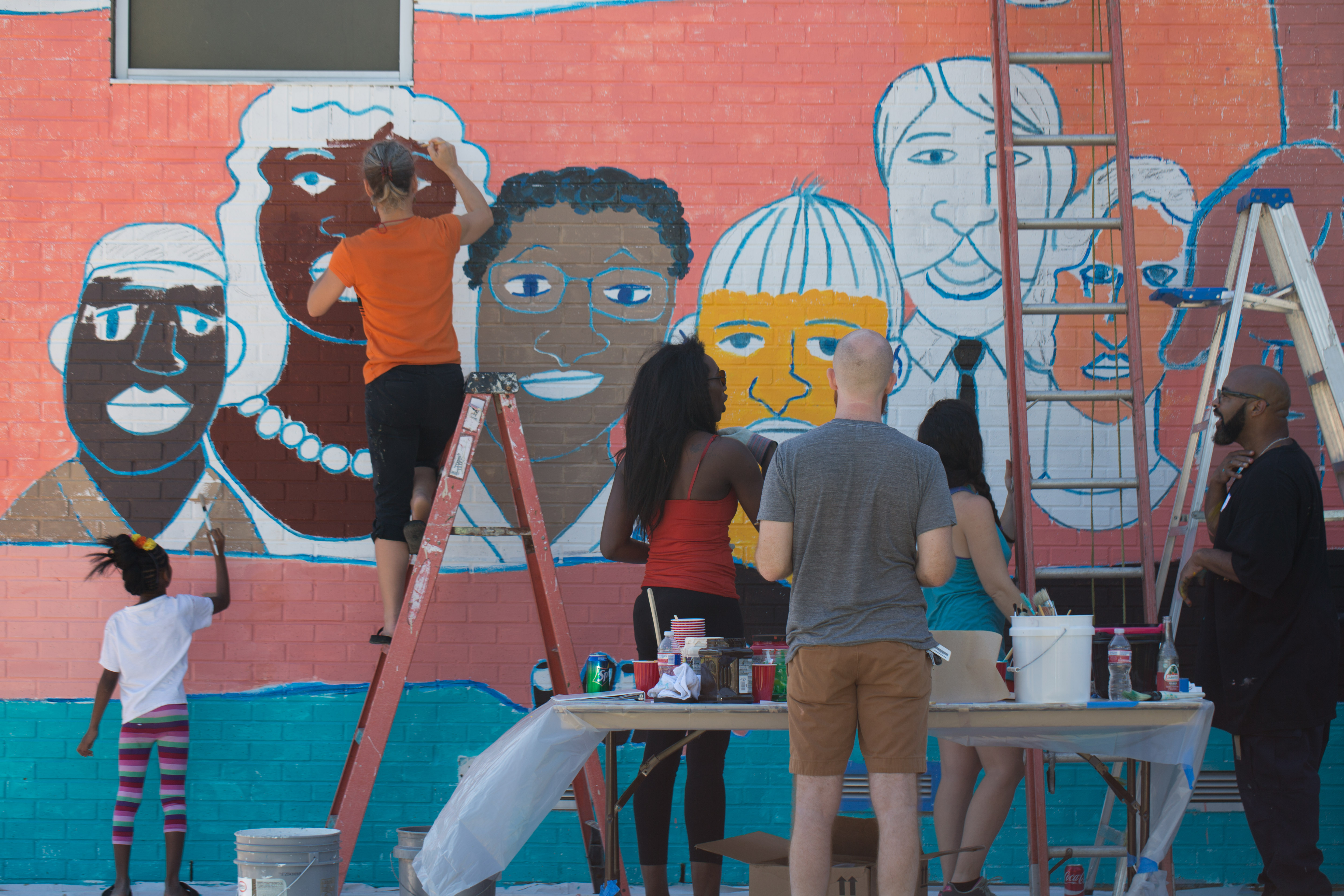 Lemann Pool Mural Community Paint Day, photo courtesy Arts Council New Orleans